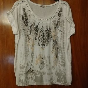 Miss Me gorgeous top w/feathers, bling, braiding